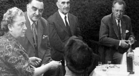 Павелић се породично дружио са Хитлером и Миланом Стојадиновићем у Аргентини