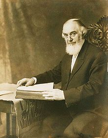 220px-Charles_Taze_Russell_sharp