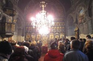 dakovica-liturgija-u-dakovici-obnovlena-crkva-uspenja-presvete-bogorodice-1328585176-100497