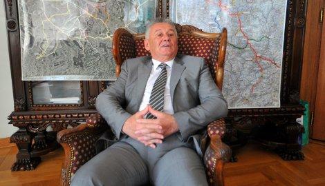 Министар Велимир Илић