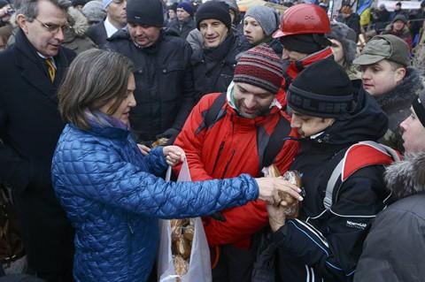 Викторија Нуланд на кијевском Мајдану