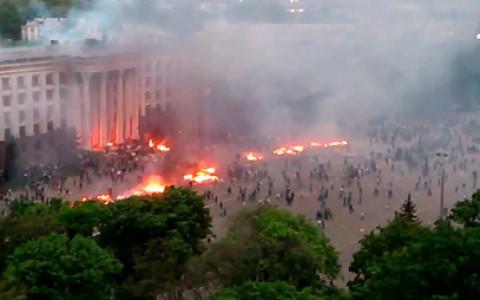 У Одеси запаљена зграда са федералистима: 40 мртвих и 174 повређена