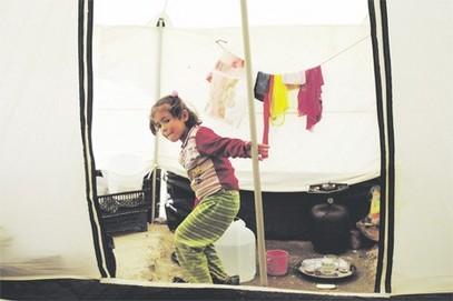 Сиријска девојчица у избегличком логору Затари (Фото Бета)