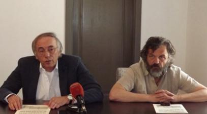 Руководилац Одељења за историју Андрићевог института Мирослав Перишић и Емир Кустурица