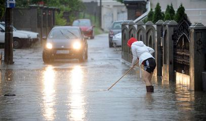 Путеви и улице под водом?
