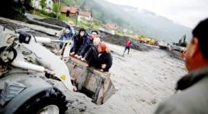 Бранко Драгаш: Потоп / Фотографија - Башта Балкана