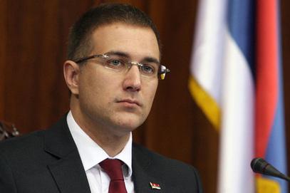Министар унутрашњих послова суочен са оптужбама да је плагирао докторску дисертацију