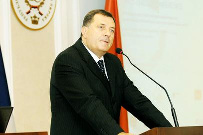 ДОДИК: Први човек америчке амбасаде у Сарајеву је смутљивац и патолошки лажов