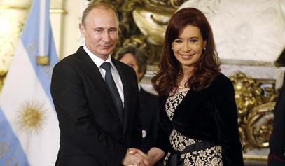 Владимир Путин и Кристина Фернандез де Киршнер /   © Photo: REUTERS/Enrique Marcarian