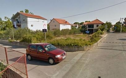 Забранити рушење српских кућа у Задру