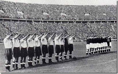 Нацистички поздрав Енглеза и Немаца 1938.