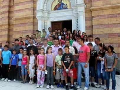 Дјеца са Космета стижу у Српску - Фото: СРНА