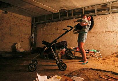 Новорусија: Детињство у склонишу? Као у Србији 1999?