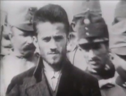 Гаврило Принцип - наш принцип. Фотографија Гаврила, непосредно после атентата.