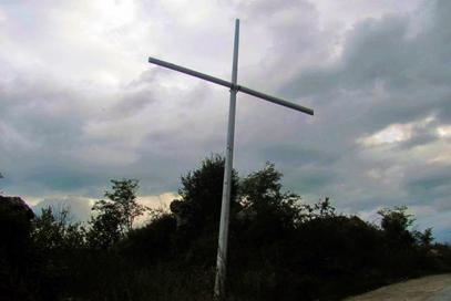 Петорица из Федерације БиХ покушала да оборе крст на Златишту