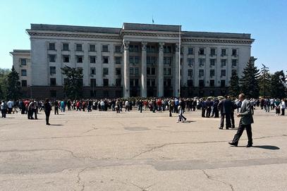 """Противници хунте у Одеси одржали митинг под девизом: """"Слепи рат убија нашу браћу"""""""
