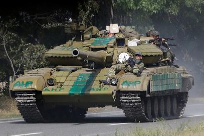 Армија ДНР распоређује јединице и технику за одбрану Доњецка