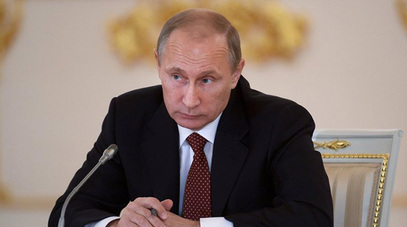 Путин у Милану прво са Наполитаном, па са Меркеловом