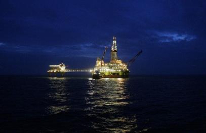 Иран и Венецуела ће заједно радити на враћању цене нафте на 100 долара за барел