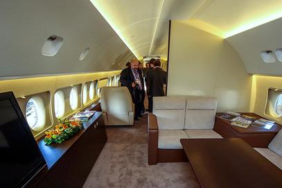Тајландски краљевски двор купио три руска авиона Sukhoi Superjet 100