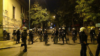 Озбиљни сукоби полиције и анархиста у Атини – више од 30 ухапшених