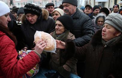 Путин и СБ Русије забринути због тешке хуманитарне ситуације на југоистоку Украјине
