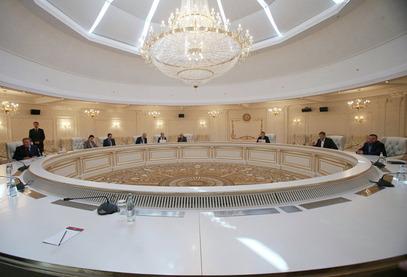 Путин, Оланд, Меркел и Порошенко сагласни да се преговори у Минску што пре наставе