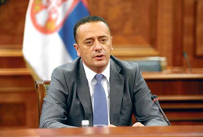 Министар Александар Антић