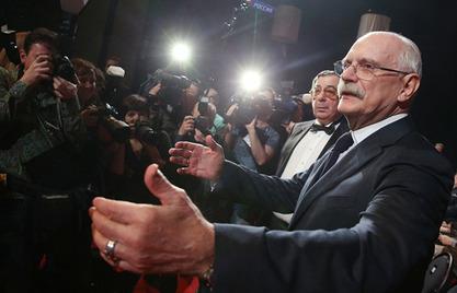 """Филм Никите Михалкова """"Сунчаница"""" добио је награду """"Златни орао"""" за најбољи руски филм"""