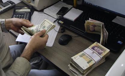 Иран из спољнотрговинских трансакција потпуно избацује долар