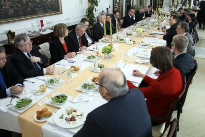 """Додик приредио """"радни ручак"""" за амбасадоре земаља чланица ЕУ"""
