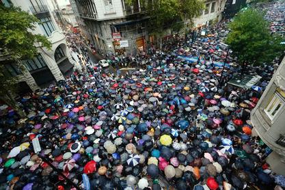 Више од 400.000 људи протестовало против политике Кристине Киршнер