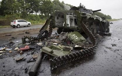 Дебаљцево пред ослобађањем, Украјинци подижу утврђења око Лисичанска