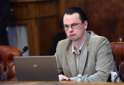 Министар просвете Срђана Вебића наставља без компромиса?