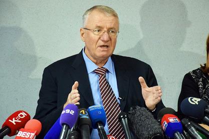 Хашки трибунал затражио од Шешеља да се у року од три дана изјасни о враћању у притвор