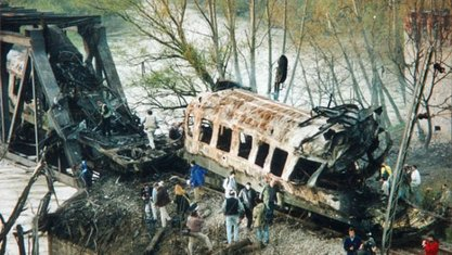 НАТО је убио 15 невиних: Годишњица бомбардовања Железничког моста у Грделици / Фото: Слободан Пикула