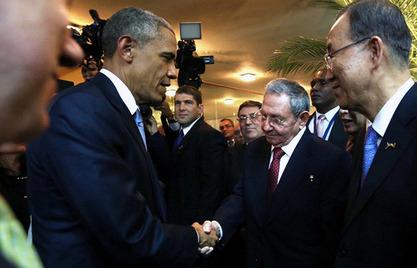Барак Обама и Раул Кастро