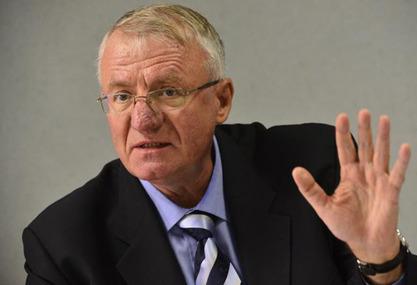 Председник СРС Војислав Шешељ
