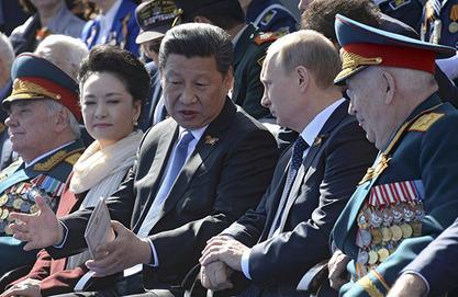 Си поред Путина на Црвеном тргу - доказ и за дебиле око Обаме да САД нису једина суперсила