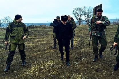 Лимонов у Новорусији са борцима