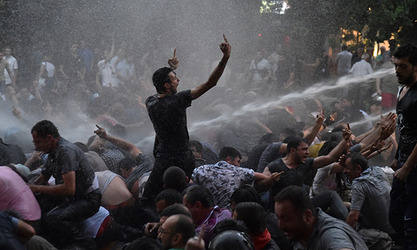 Америчка амбасада у Јеревану очекивано стала на страну демонстраната