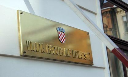 """Хрватска мења закон због неуставности """"референдума о ћирилици"""""""