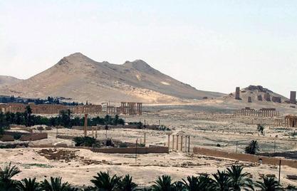 Сиријска армија избацује Исламску државу из Палмире, започела офанзиву око Идлиба