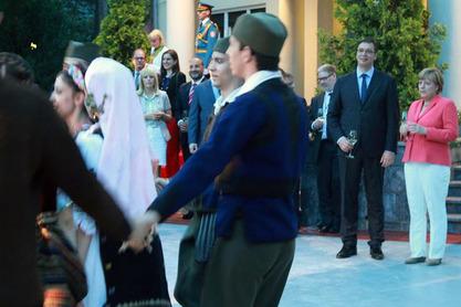Немачка канцеларка на вечери коју је приредио премијер Србије