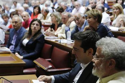 """Грчки парламент са 229 гласова """"за"""" отворио врата нагодби са повериоцима"""