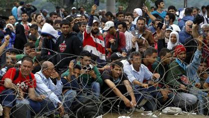 Око 1000 економских миграната из Пакистана, Ирана и Бангладеша блокирано већ четири дана