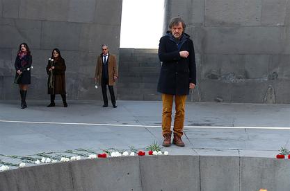 Јерменија: Кустурица у Јеревану посетио споменик и одао пошту Јерменима, жртвама турског геноцида / Фото: Драган Теодоровић – Зеко