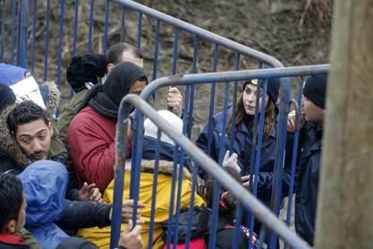 Словенија вратила Хрватској 200 миграната, Хрватска ће их вратити - Србији