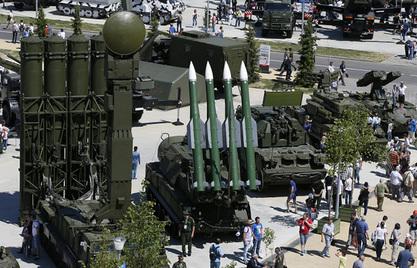 САД и Русија највећи светски извозници наоружања, Кина претекла Француску