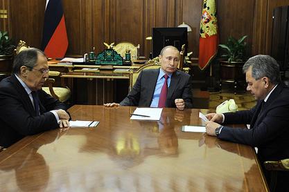 Лавров, Путин и Шојгу
